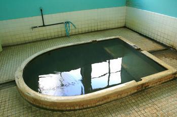 寿温泉浴槽.jpg