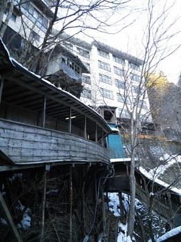 明賀屋本館1外観2.JPG