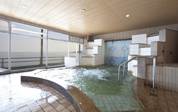 花菱ホテル浴槽.jpg